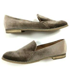 Indigo Rd. Velvet Loafers